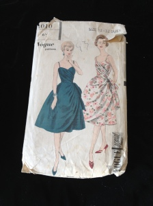 Vintage Sewing Patterns 024